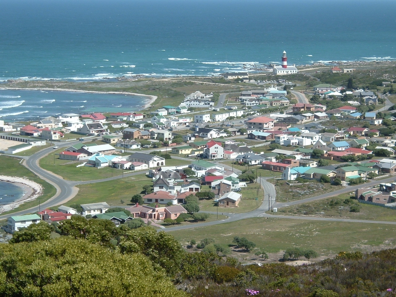 Julia Roberts Making Secret Eyes Husband 35126948 in addition Annual Potjie  petition also A Cape Town Wedding Genevieve And Kelly as well Njlighthouses in addition Ibiza. on cape may house