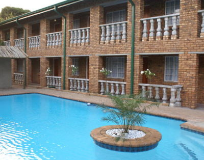 Airport Inn Bed & Breakfast and Emerald Guesthouse